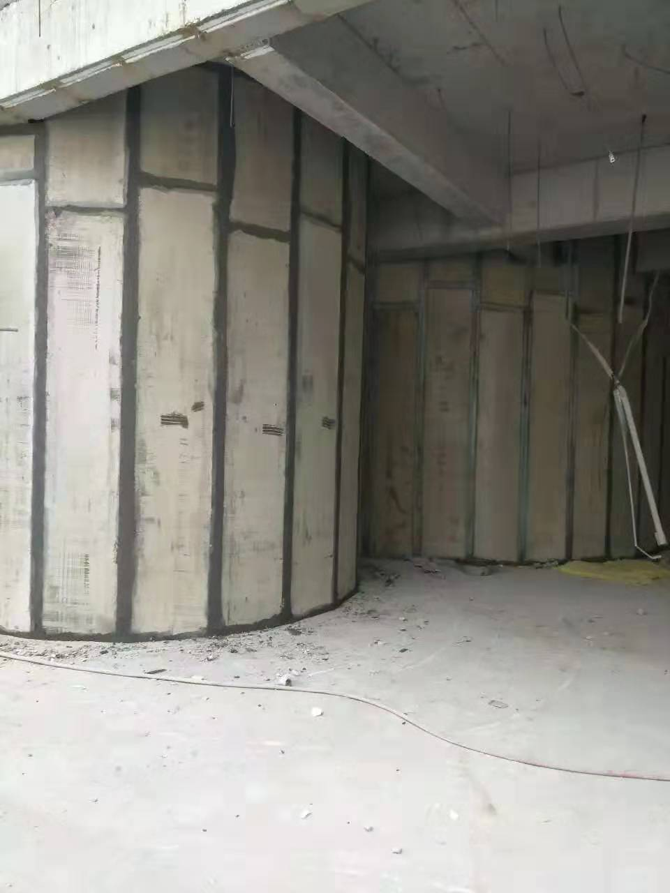 轻质隔墙板安装现场